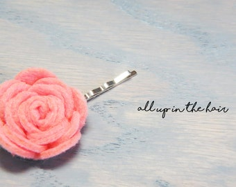 Felt Flower Bobby Pins - Peach Flower Bobby Pin