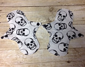 Reusable Cloth Pads - Liner/Lightday 8.25 inch- skulls (1 liner)