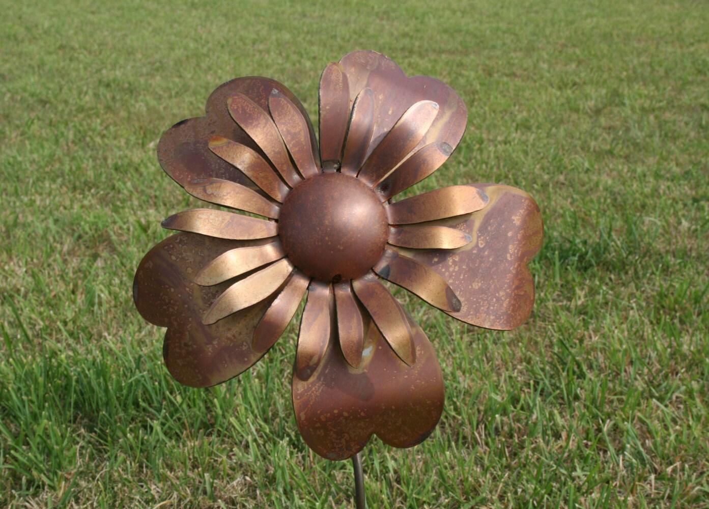 Large Metal Sunflower, Metal Flower Stake, SHIPS FREE!!! Flower Garden Stake,  Giant Metal Flower, Rusty Flower Stake, Rusty Sunflower