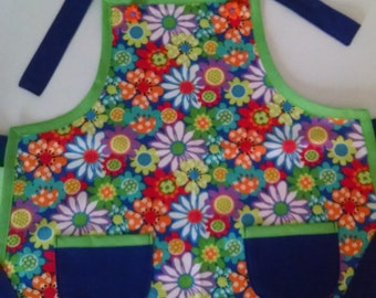 SALE Girls Apron with Pockets Girls Flowered Apron Birthday Gift