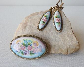 Antique Ceramic Brooch Earrings Set Vintage Floral Antique Bezel Brooch Handpainted Porcelain Earrings Retro Pin and Earrings, Antique 50's