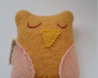 Owl rattle, baby rattle, owl baby rattle, handmade baby toy, baby gift