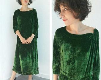 Emerald green silk velvet 30's Vintage dress