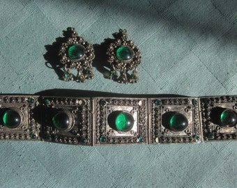 Vintage 900 Silver Bracelet With Matching Clip Earrings Decorated With Green Glass Gem
