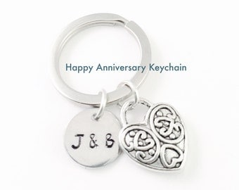 Heart Keyring, Mothers Day gift, Love Keychain, Initials Keyring, Couples Keyring, Lovers Keyring, Anniversary gift, Wedding, Engagement