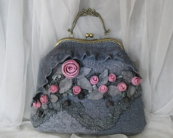 Exclusive felted bag *Ashes of roses*
