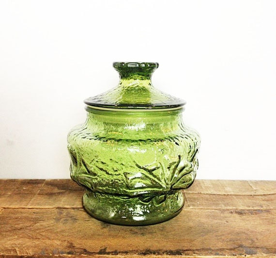 green glass kitchen canisters avocado green glass canister in anchor hocking rainflower 3987