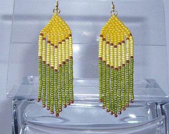 Long beaded earrings Dangle fringe earrings Yellow green earrings Seed bead earrings Ethnic earrings Chandelier earrings Boho earring