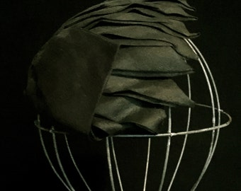 Vintage 40's Ladies Black Silk Cap Hat    VG2400