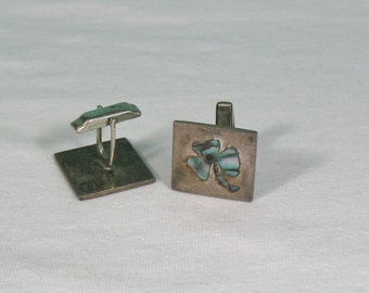A Munoz Mexican Sterling Silver and Abalone Clover Inlay Cufflinks - Vintage 1950s