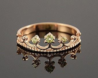 Peridot ring, Anniversary ring, Crown ring, Gold crown ring, Gemstone ring, Birthstone ring, Green stone ring, Pretty ring, Rose gold ring