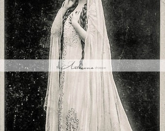 Digital Download Printable - Antique Photograph Princess Queen in White - Paper Crafts Scrapbooking Altered Art - Crown Medieval Princess