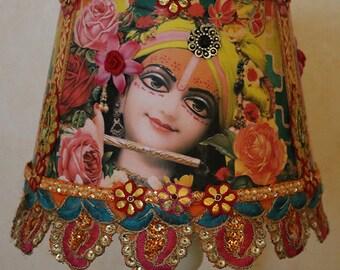 Vandanam Madhuram (His face is sweet) - round lampshade