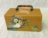 Vintage & Retro Handbags, Purses, Wallets, Bags Vintage Wood Purse with Decoupage Owl and Lucite Handle $36.00 AT vintagedancer.com