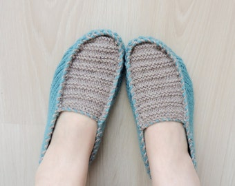 Mens Knitted Slippers in Mint Beige, Mens House Shoes, Unisexs Knitted Slippers, Womens Slippers, Womens Shoes