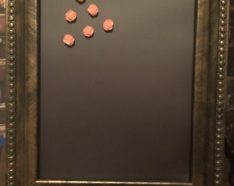 Magnetic Board with 6 flower magnets
