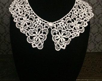 Gothic collar necklace // Wednesday Addams collar // detachable collar // Peter Pan collar // white lace collar // white collar