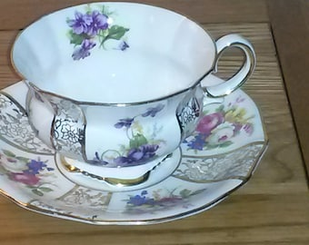 Vintage Teacup and Saucer,fine bone china,  between 1937 - 1957 (Collingwood)