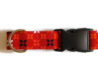 Dog collar Red with flowers
