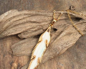 Feather Carved Pendant Necklace