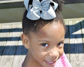 Grey Girls Hair Bow, Boutique Bow, Hair Clip For Girls, Baby Headband, Girls Hair Bow, Hair Bow For Girls, Headband For Babies Gray Hair Bow