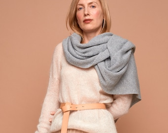 light grey cashmere scarf, cashmere shawl, cashmere throw, cashmere wrap, cashmere scarf,blanket scarf, grey scarf, knitted cashmere scarf