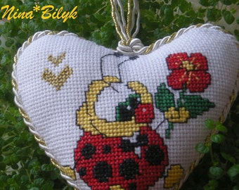 heart , embroidered heart, Valentine's Day , Valentine's Day gifts in the holiday lovers, embroidered gifts , gifts for the holiday ,