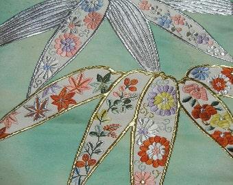 Vintage kimono/Obi/formal sash/silk fabric/embroidery/gold/silver/green/white/chrysanthemum/bamboo/maple/flower/pastel/material/handmade
