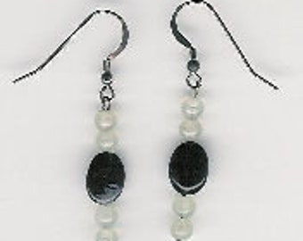 EW03008P-Earrings-Sterling Silver links & earwires with naturally aged patina, Sea Green Serpentine(N), Snow Obsidian(N). 1.75 in.