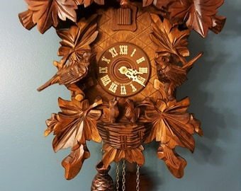 Hungry Chicks Cuckoo Clock- 7 Leaves, 3 Birds, a Nest with 2 Babies, 8 Day Movement with Night Shut-off