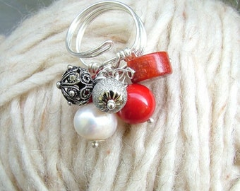 cluster Adjustable ring with coral