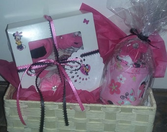 Baby Girl Gift, Baby Gift Basket, Baby Girl, Baby Girl Minnie Mouse Gift Set, Baby Shower Gift