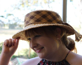 Raffia hat, 'Linda'. Stylish handmade hat using finest quality madagascan raffia