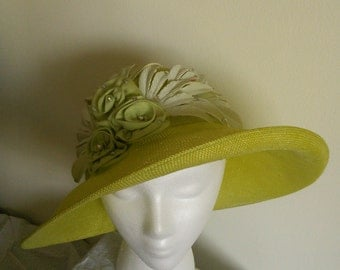 Handmade Women's Green Straw Hat