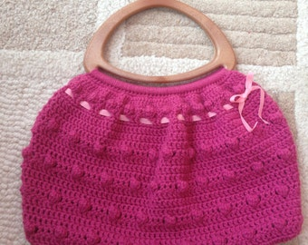 Crochet Handbag with wood-plastic handles