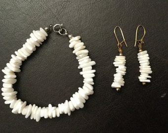 Vintage White Puka Shell Bracelet and Earrings Set from 1985