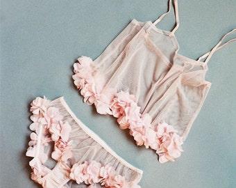 Wedding & honeymoon nightwear lingerie