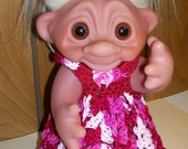 Variegated Shades of Red/Pink - 8 1/2 Inch TROLL Outfit