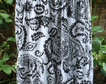SALE was 18.00 Paisley hippie boho skirt black and white cotton India print skirt Medium long