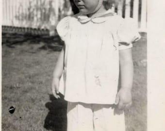 Vintage photo lot of 30 plus photographs children baby beach ladies 40s thru 50s