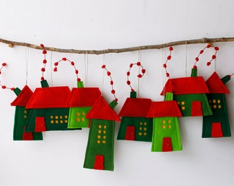 Houses ornaments, Group of eight Felt Houses, decoration for hanging, Wall Art, Red Green color, Christmas ornaments, Holiday gift