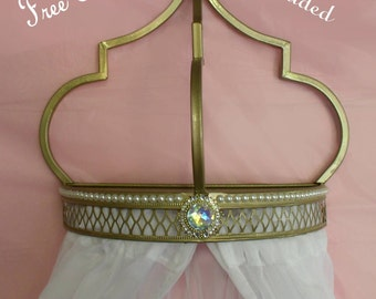 Arabian nights bed crown in gold, white pearls and FREE sheers