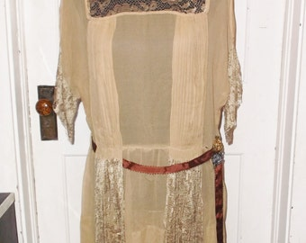 1920s Vintage Mocha Silk Flapper Dress with Lace and Flowers 38 Inch Bust
