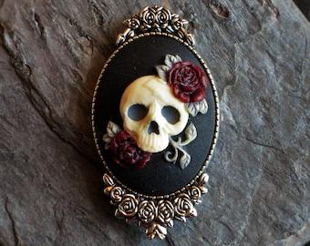 Sugar skull cameo brooch, Halloween brooch, day of the dead brooch, skeleton brooch, skull brooch, antique silver, unique holiday gift ideas