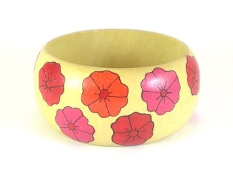 Wood Bracelet Bangle - hand painted Flowers - Vintage Boho Hippie Jewelry