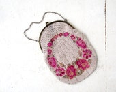 Vintage 1920s Purse / Ring of Roses / Beaded Bag
