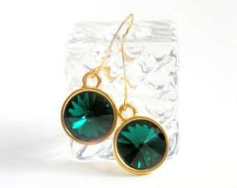Emerald Green Earrings, Christmas Earrings,Vintage Rhinestones Earrings