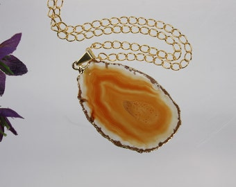 Brown Agate Pendant, Agate Necklace, Agate Slice, Agate Slice, Gold Plated Agate, Layered Necklace, Boho Necklace, APS62