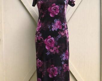 90s vintage Cheongsam Dress / Purple and Black Floral Print Velveteen Cheongsam Maxi Dress