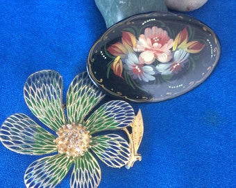 2 Wonderful Vintage Flower Pins Tole Painted Brooch and Mid Century Modern Mad Men 50s Retro 60s Signed